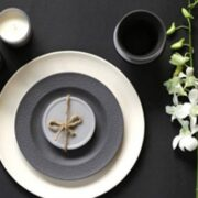 Startling Décor Ideas For Your Dining Table